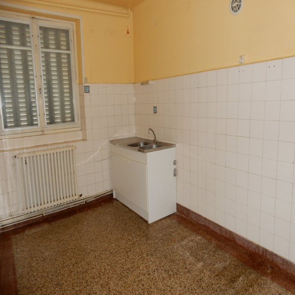 Offres de vente Immeuble Montsalvy 15120